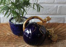 CARAFE ANCIENNE à liqueur en porcelaine