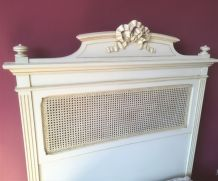 Très joli lit ancien style Louis XVI 1 personne  TBE