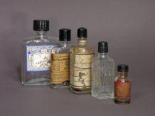 Petite Collection de Bouteilles Anciennes de Lotion Parfum