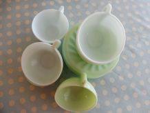 Ensemble de 6 tasses café et soucoupes opaline vert/bleu