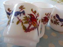 Ensemble de tasses vintage Arcopal décor oiseaux