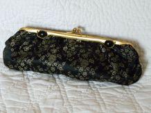 Pochette tissus vintage noir et or