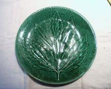 Assiette verte avec feuilles,  Primefleur. Années 60/70