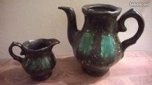 Vallauris: pot à lait & cafetière recyclés en vase ann&es 70