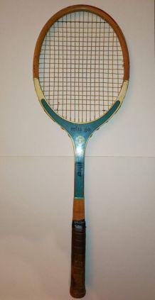 Raquette de Tennis Vintage en Bois &  boyau 70's