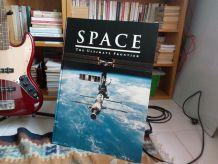 Très grand et beau livre sur la conquête spatiale