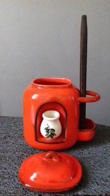 Pot en céramique émaillée rouge orangé années 70