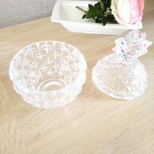 Bonbonnière ananas en cristal.