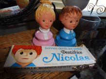 Porte brosse à dents et emballage dentifrice Nicolas Pimpren