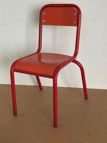 Chaise d'écolier, mobilier d'enfant