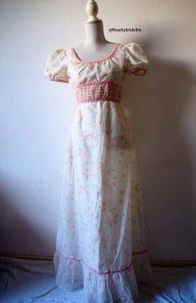Longue robe hippie bohème romantique fleurie vintage 60's 70