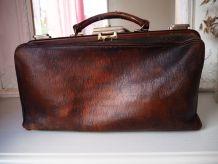 Grand sac docteur en cuir brun vintage 40's