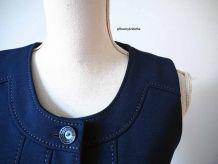 Robe chasuble boutonnée plissée bleue marine vintage 70's