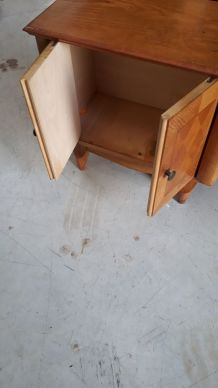 petit meuble 40s marqueterie ok trace sur plateau h 57x61x33