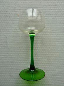 Lot de 5 verres à vin d'Alsace - Pied vert