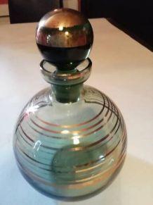 carafon avec son bouchon en verre spiritueux