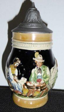 Petite Chope à Bière en Céramique et couvercle en étain