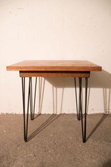 Superbe table portefeuille pieds épingles