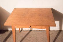 Table de type scandinave années 60