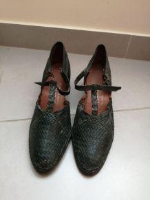 Chaussures d'époque années 70 fabriquée en France