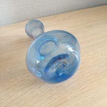 Vase en verre soufflé origine Croatie