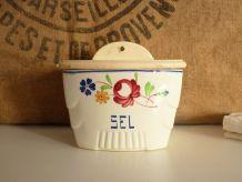 Jolie boîte à sel en céramique peinte à la main Luneville