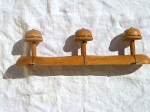 patères anciennes  en  bois , vintage