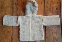 Pull bébé capuche laine beige & écrue, fait main 3 à 6 mois