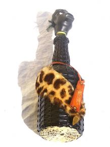 bouteille  ancienne , negro africain,  vintage