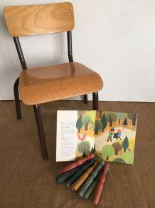 Chaise d'écolier, maternelle