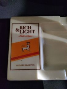 Cendrier collector rich & light