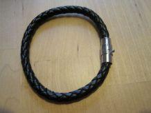 bracelet mixte homme femme  longueur 20 cm état neuf  cordon