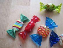 Assortiment de bonbons en verre de Murano, fait ma  .Vintage