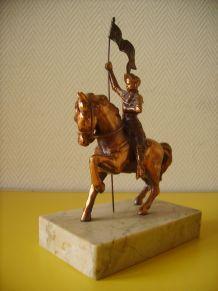 Jeanne d'arc en régule sur socle marbre