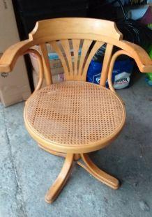 Chaise de bureau rotin vintage