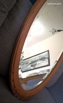 Grand miroir ovale cadre bois glace biseautée