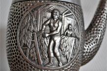 Cendrier Pipe vintage en métal argenté