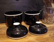 Boites noires et blanches design années 70
