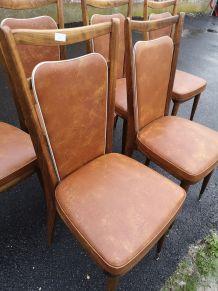 superbe chaise vintage en skaï marron liseré blanc