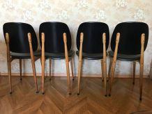 Chaises modèle Pégase de Baumman par Pierre Guariche