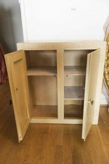 Petite armoire ancienne en bois vintage