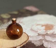 Dame Jeanne miniature