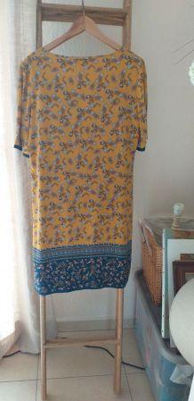 Trés jolie robe T42