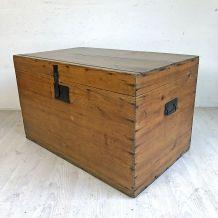 Coffre en bois vintage 50's