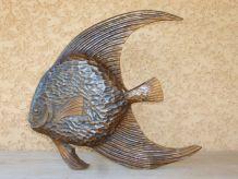 Poisson sculpté en bois