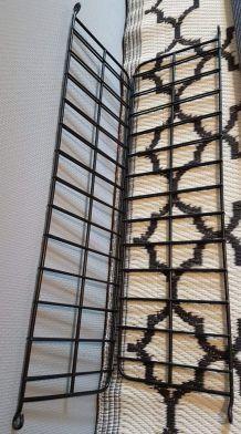 étagère murale 2 planches  bois sombre et structure métal