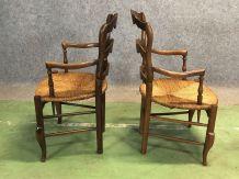 Paire de fauteuils rustiques Louis XV en merisier - début XX
