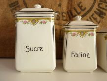Série de 5 pots à épices en faïence, numéroté