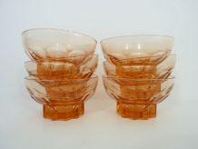 Lot de 6 coupelles anciennes en verre pressé rose