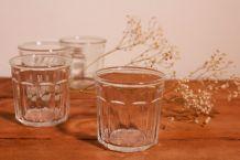 Petits pots en verre